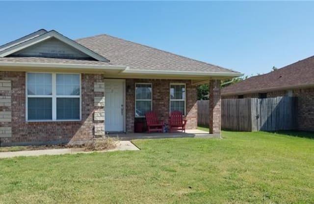 202 Bryant Street - 202 Bryant Street, Pottsboro, TX 75076