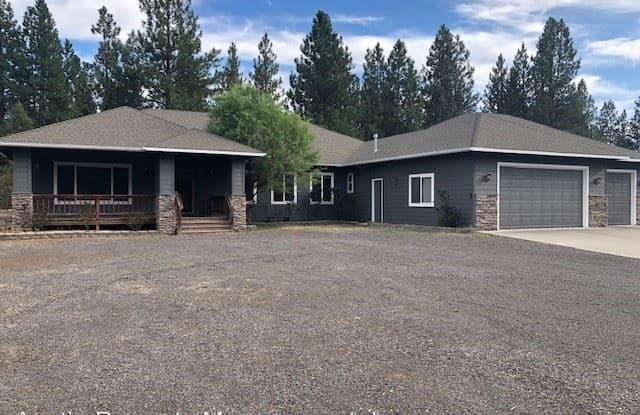 19509 Pine Drive - 19509 Pine Drive, Bend, OR 97702