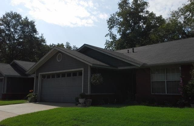 2701 S 57th #3 ST - 2701 South 57th Street, Fort Smith, AR 72903
