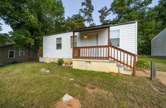 319 Short 24th Ave E - 319 Short 24th Ave E, Tuscaloosa, AL 35404