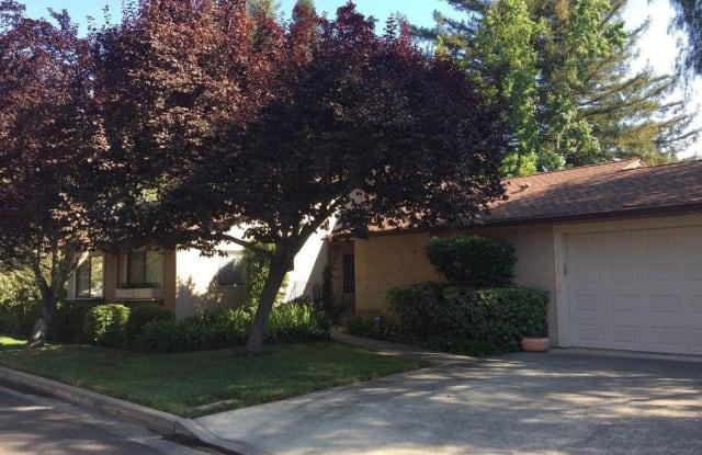1100 Peppertree Circle - 1100 Peppertree Circle, St. Helena, CA 94574