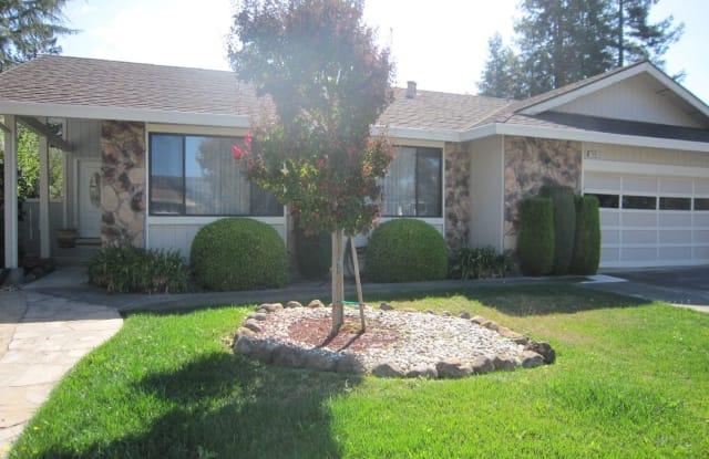 4508 Fairway Dr - 4508 Fairway Drive, Rohnert Park, CA 94928