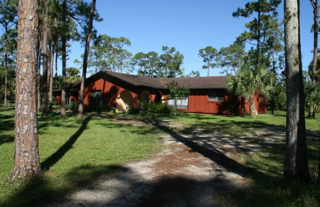 15201 Timberlane Place - 15201 Timberlane Place, Loxahatchee Groves, FL 33470