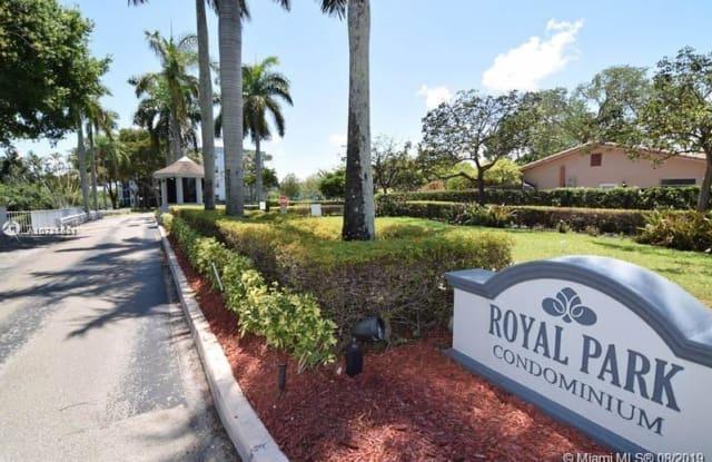 119 Royal Park Dr - 119 Royal Park Drive, Oakland Park, FL 33309