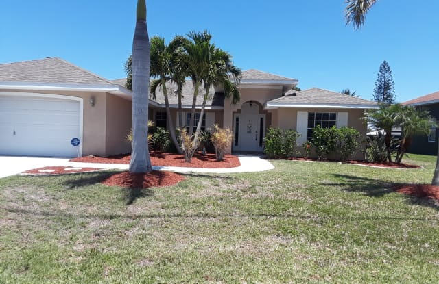 1701 SE 14th Street * SEASONAL - 1701 Southeast 14th Street, Cape Coral, FL 33990