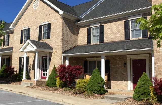 13 Westmoreland Ln - 13 Westmoreland Lane, Fishersville, VA 22939