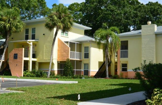 Innovo Living on Waters - 8421 Del Lago Cir, Tampa, FL 33614