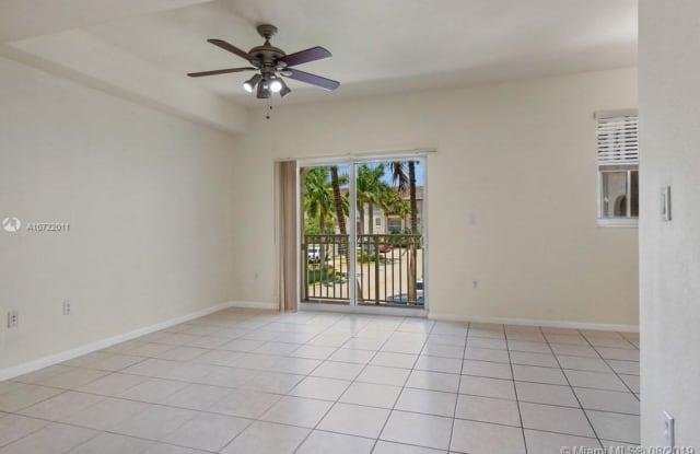 11401 NW 89th St - 11401 Northwest 89th Street, Doral, FL 33178