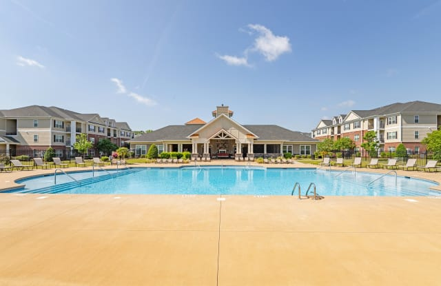 The Heritage at Arlington Apartment Homes - 2700 W Arlington Blvd, Greenville, NC 27834