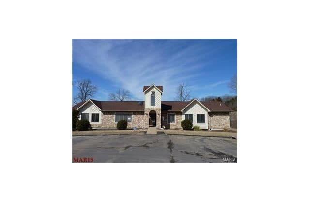 127 Osage Executive Circle - 127 Osage Executive Cir, Byrnes Mill, MO 63051
