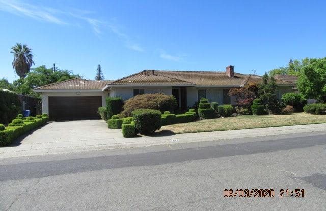 1432 TRADEWINDS AVENUE - 1432 Tradewinds Avenue, Sacramento, CA 95822