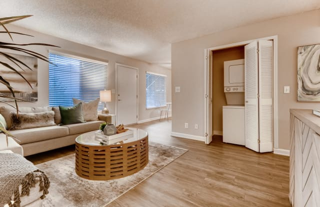 The Luxe Apartment Homes - 2501 Hurley Way, Arden-Arcade, CA 95825