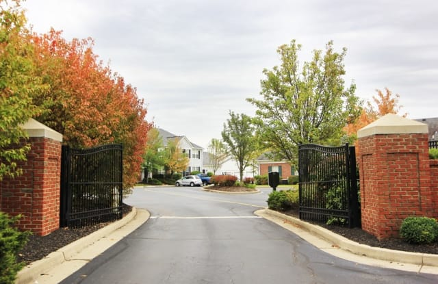 Bishop's Gate - 8075 Somerset Chase, Cincinnati, OH 45249