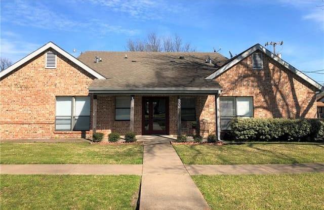 501 N Washington Street - 501 North Washington Street, Kaufman, TX 75142