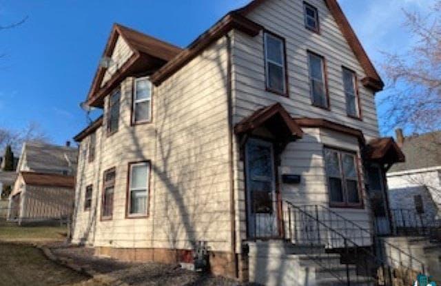 3139 Restormel St - 3139 Restormel Street, Duluth, MN 55806