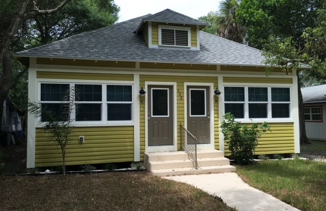 532 Ball Street - #B - 532 Ball Street, New Smyrna Beach, FL 32168
