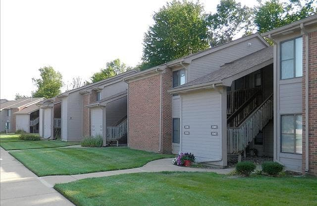 Oak Hill Apartments - 45600 Oak Hill Blvd, Shelby, MI 48317