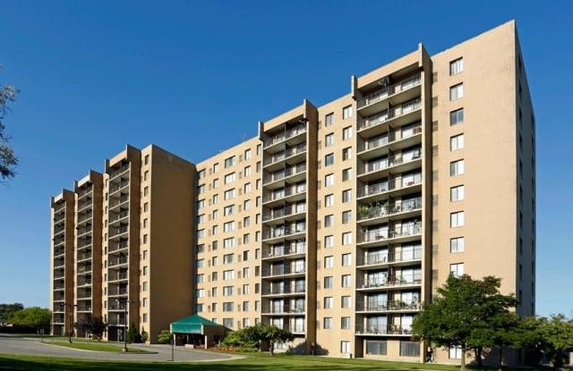 Highland Towers - 25225 Greenfield Road, Southfield, MI 48075