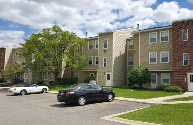 Waterford Place - 313 W Happfield Dr, Arlington Heights, IL 60004