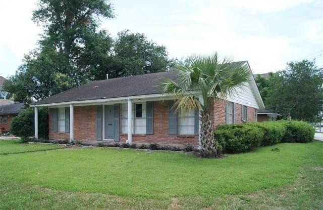 4033 Newshire Drive - 4033 Newshire Drive, Houston, TX 77025