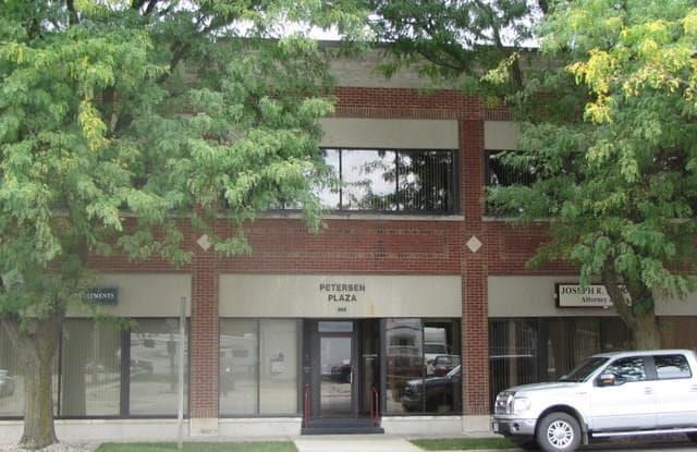 202 1st SE #112 - 202 1st Street Southeast, Mason City, IA 50401