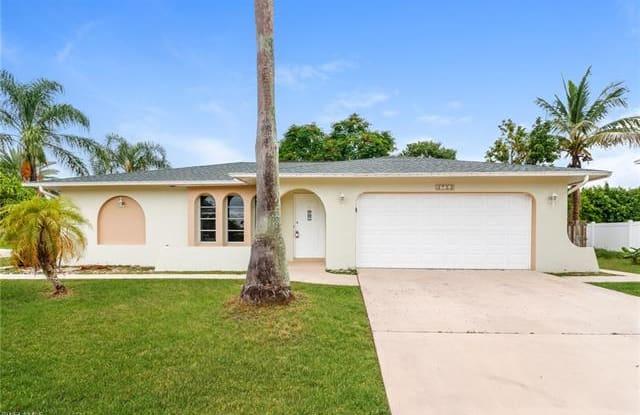 3752 SW Santa Barbara PL - 3752 Southwest Santa Barbara Place, Cape Coral, FL 33914