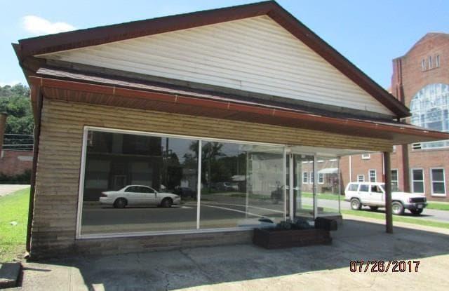 901 Putnam Ave - 901 Putnam Avenue, Zanesville, OH 43701