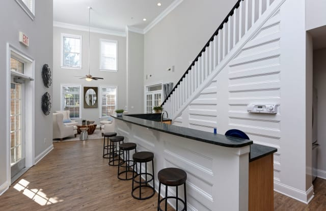 Worthington LUXURY Apartments - 1526 Flat River Dr, Charlotte, NC 28262