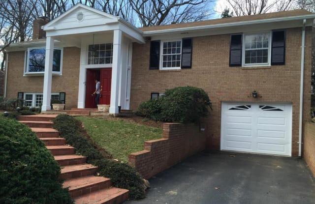 1332 ELSINORE AVE - 1332 Elsinore Avenue, McLean, VA 22102