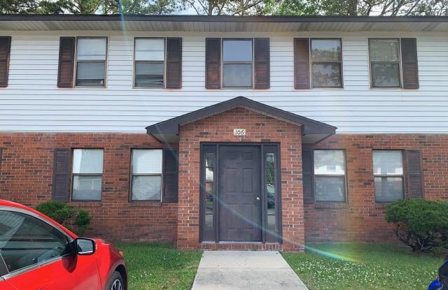 106 Ravenwood Drive - 106 Ravenwood Drive, Jacksonville, NC 28546