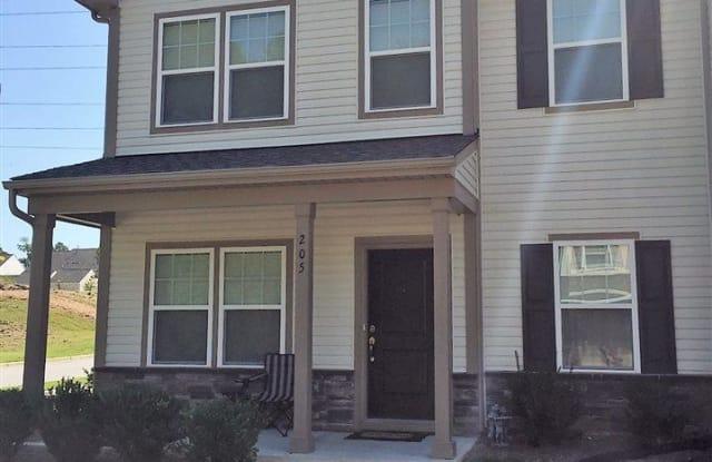 205 Hamlet Place - 205 Hamlet Place, Durham, NC 27560
