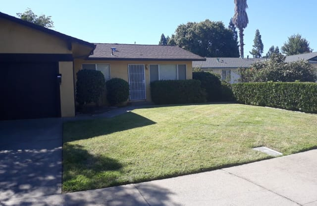 701 Tahoe Drive - 701 Tahoe Drive, Lodi, CA 95242