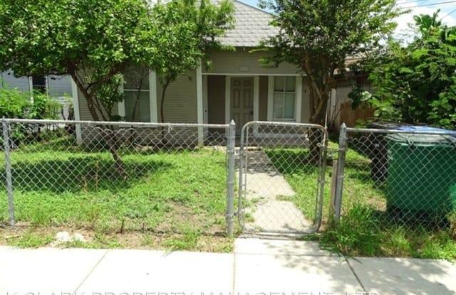 105 CORNELL AVE - 105 Cornell Avenue, San Antonio, TX 78201