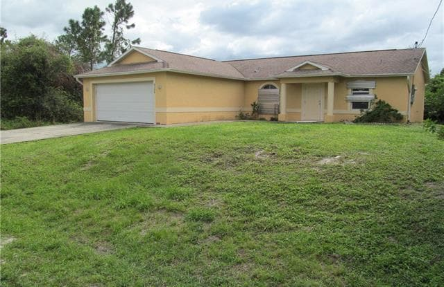 3109 7th St W Lehigh Acres Fl Apartments For Rent