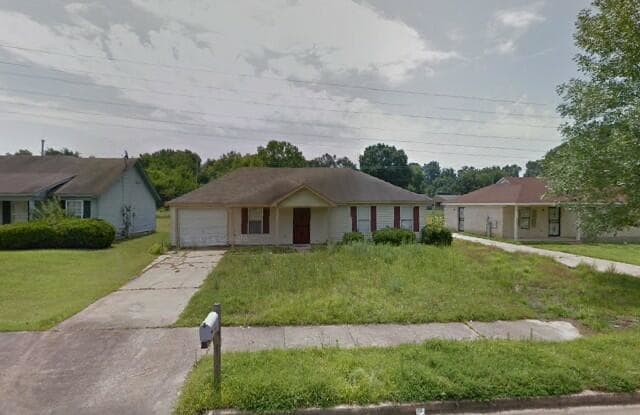 3579 Russelwood - 3579 Russelwood Dr, Memphis, TN 38128