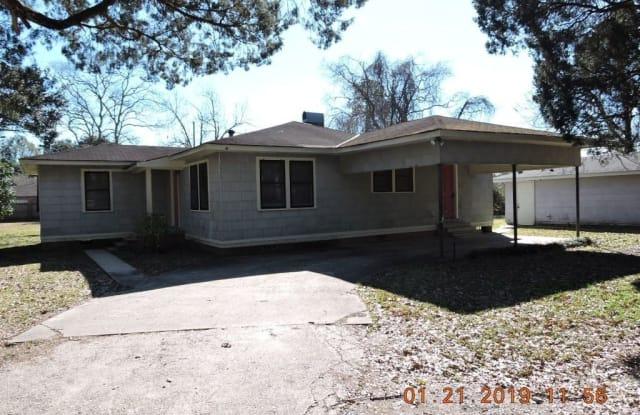 11720 Perkins Road - 11720 Perkins Road, Oak Hills Place, LA 70810