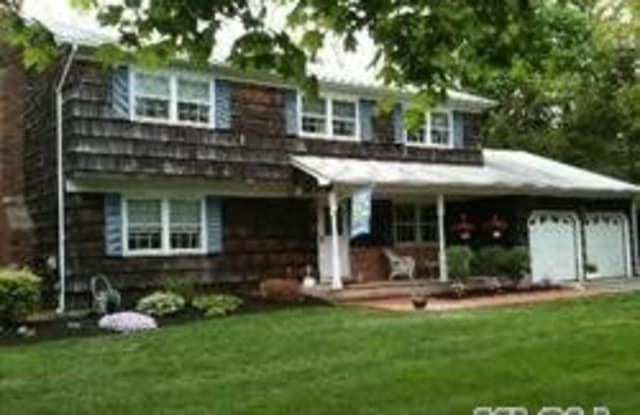212 N Country Rd - 212 North Country Road, Miller Place, NY 11764