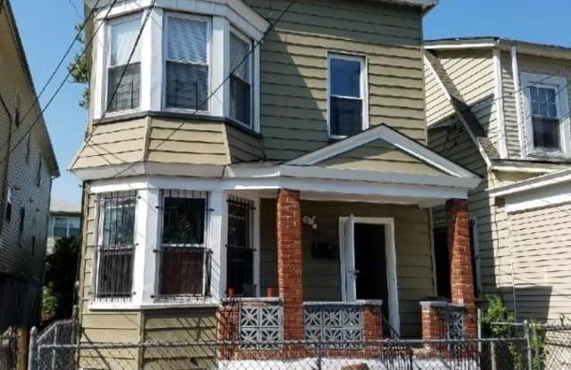 58 Voorhees St B - 58 Voorhees St, Newark, NJ 07108