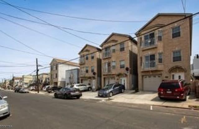 496 LIBERTY AVE - 496 Liberty Avenue, Jersey City, NJ 07307