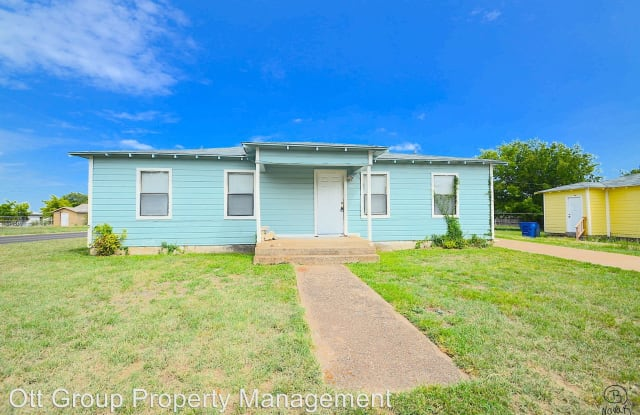 1101 S. 13th St. - 1101 South 13th Street, Copperas Cove, TX 76522
