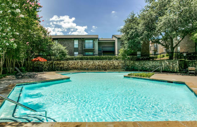Village Bend - 5454 Amesbury Dr, Dallas, TX 75206