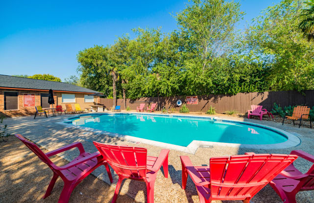 Lodge at Timberhill - 5544 Timberhill, San Antonio, TX 78238