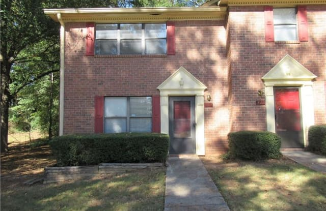 423 Downing Street - 423 Downing St, Lawrenceville, GA 30046