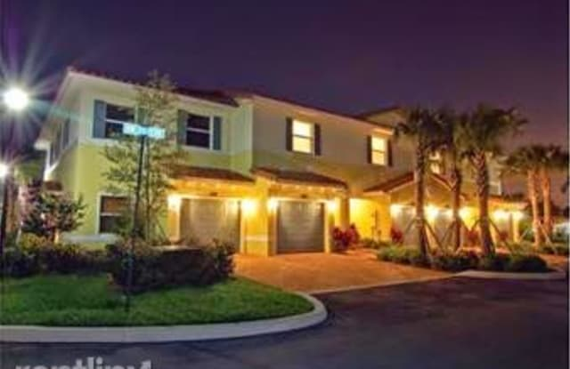 The Oaks 3106 - 3106 NW 25th Ter, Oakland Park, FL 33309