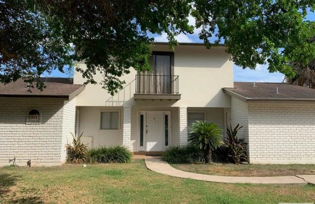 301 ZAPATA AVE. - 301 Avenue Zapata, Rancho Viejo, TX 78575
