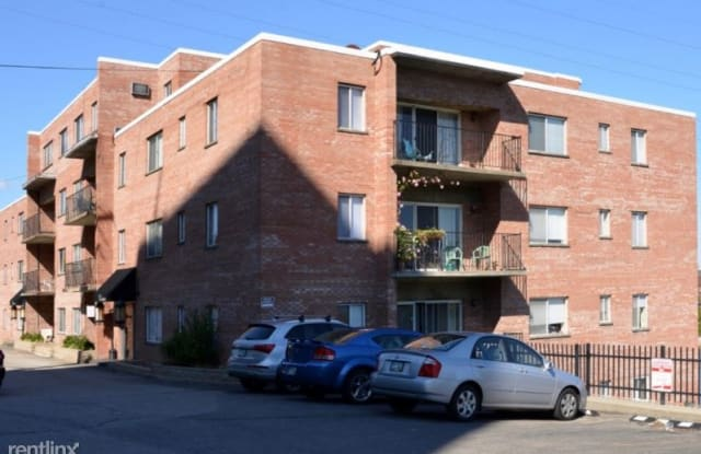 Riverbanks Apartments - 22 Swain Court, Covington, KY 41016