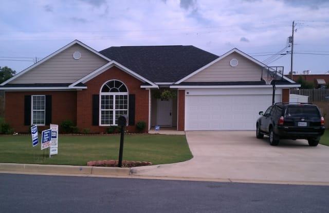 19 Hillside Ct - 19 Hillside Ct, Phenix City, AL 36870