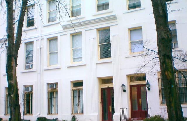 832 Pine St Apt 2B - 832 Pine St, Philadelphia, PA 19107