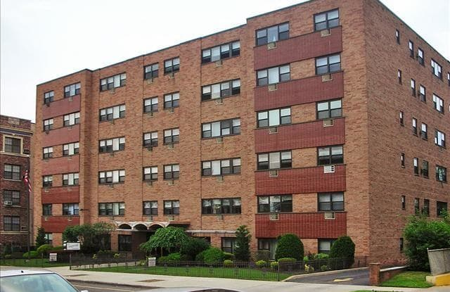 Imperial Apartments - 390 Prospect Ave, Hackensack, NJ 07601