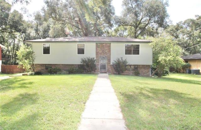 510 E OAKWOOD AVENUE - 510 East Oakwood Avenue, Orange City, FL 32763